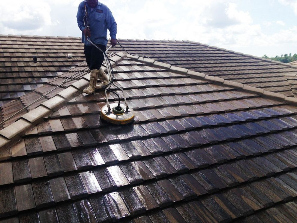 Roof Cleaning in Liverpool